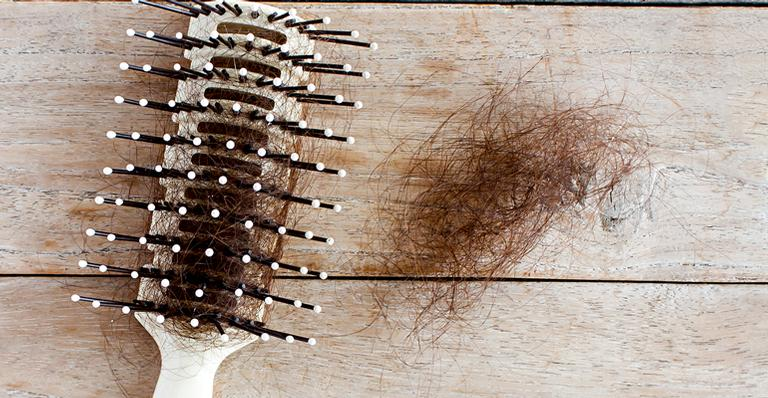 5 causas da queda de cabelo