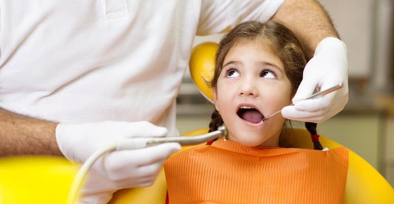 Incidência é maior naqueles que não realizam a higiene oral da forma correta
