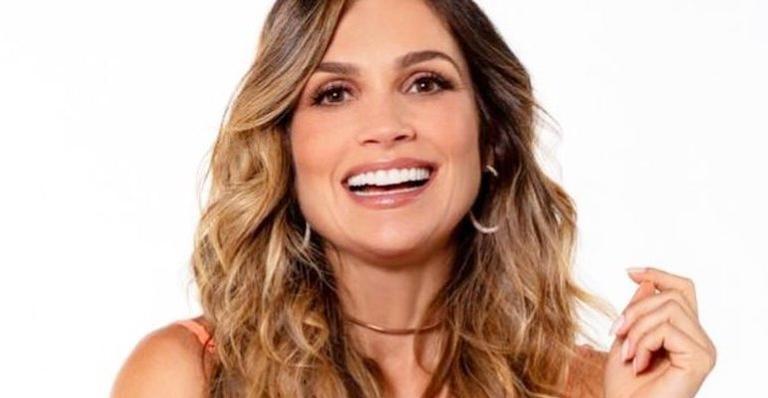 Flávia se divertiu com as mensagens do marido, Otaviano Costa