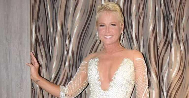 Xuxa Meneghel é apresentadora do reality Dancing Brasil na Record TV.