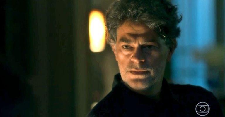 Murilo (Eduardo Moscóvis) se aproximou de Valentina (Lilia Cabral) para passar informação a Gabriel (Bruno Gagliasso)