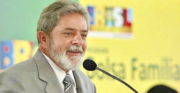 Ex-presidente Lula pode estar apaixonado e pretende se casar