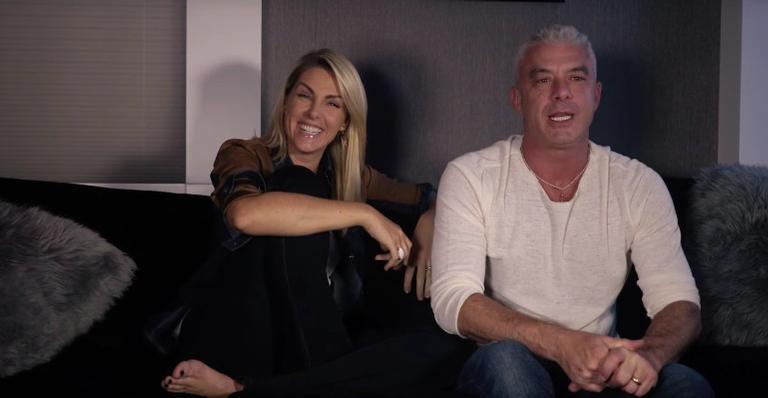 Ana Hickmann se diverte com o marido, Alexandre Correa, em vídeo no Youtube.