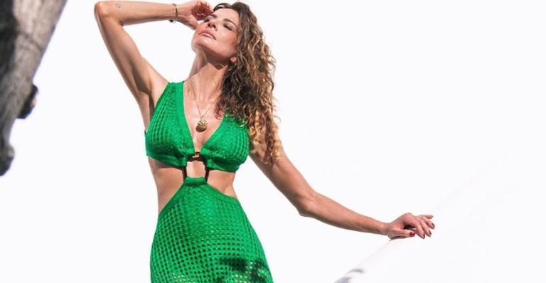De férias na Grécia, Luciana Gimenez desmente boatos sobre novo relacionamento