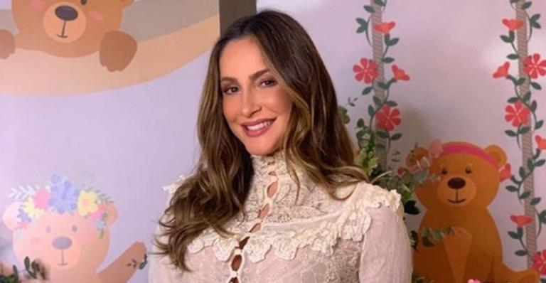 Claudia Leitte está grávida de Bela