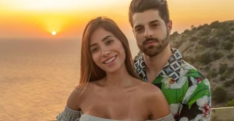 Alok e Romana Novais anunciaram a gravidez em julho