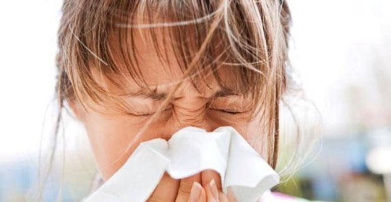 A baixa umidade do ar  facilita o surgimento de doenças respiratórias e alergias