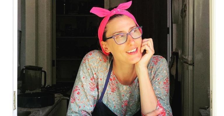 Paola Carosellla fala sobre o hambúrguer de 'plantas': ''Se quer ser vegano, coma plantas''