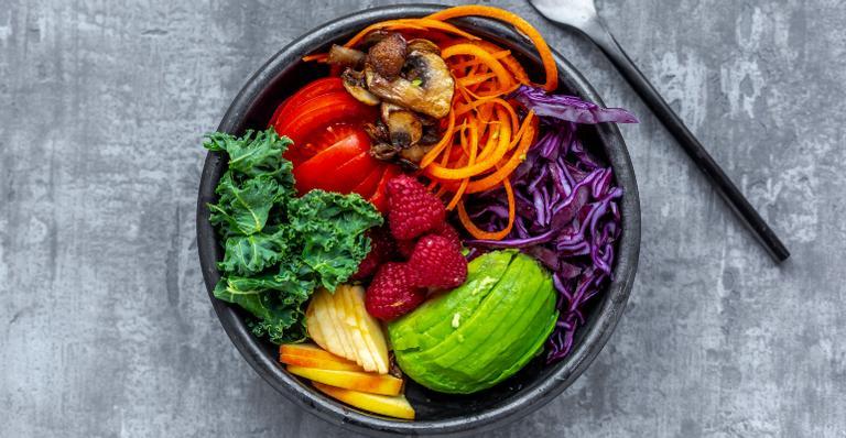 Saiba como os alimentos da estação podem ajudar a emagrecer