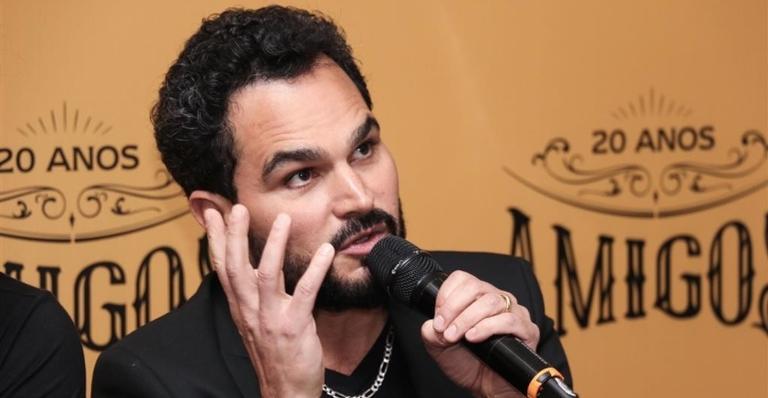 Luciano Camargo é criticado por internautas após desabafo de Wesley Camargo