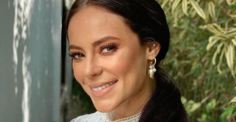 A atriz está no ar como Vivi Guedes na trama das 21h