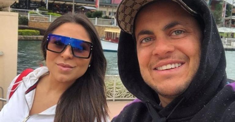 Esposa de Thammy, Andressa Ferreira, mostra o rosto do filho