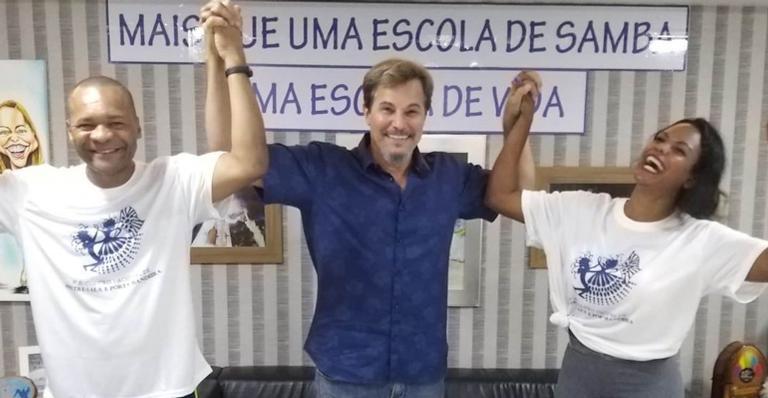 Edson Celulari samba na quadra da escola Beija Flor, no Rio
