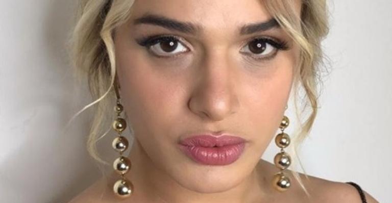 Atriz Glamour Garcia publica lembrança de 'A Dona do Pedaço' após agressão