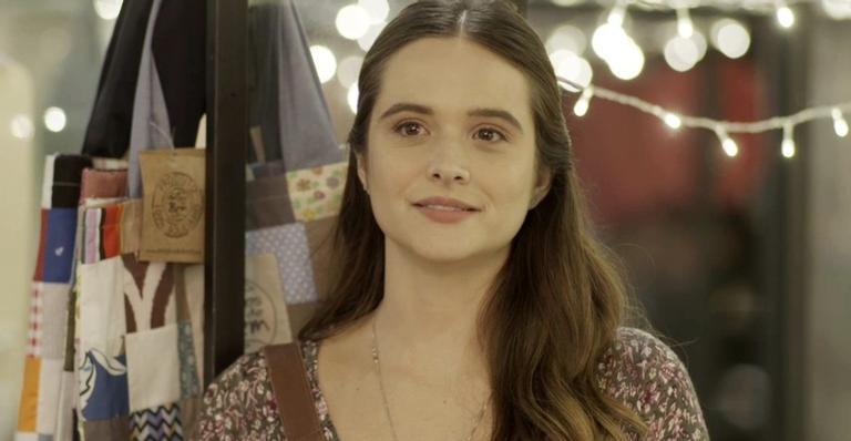 Luna aceita emprego para se aproximar de Helena em 'Salve-se Quem Puder'