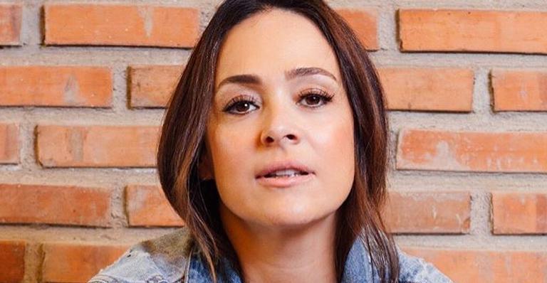 A atriz aproveitou para compartilhar um clique ao lado dos filhos