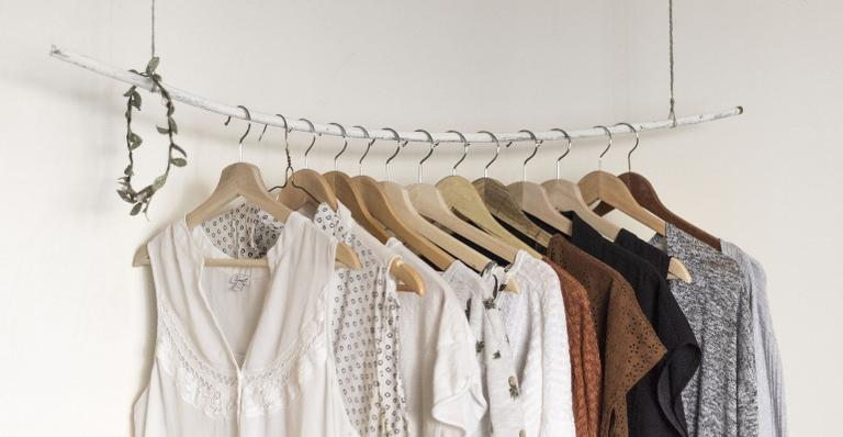 Aproveite o tempo em casa para colocar seu armário em ordem