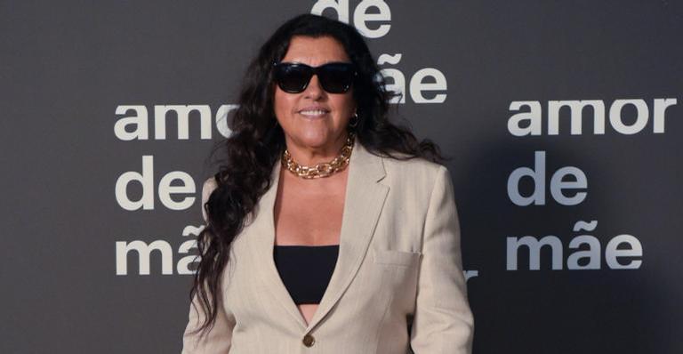 A atriz aproveitou para se declarar ao companheiro, Estevão Ciavatta