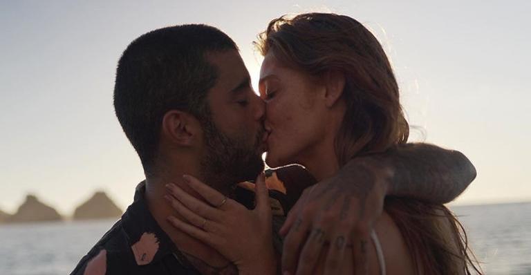 Modelo mudou-se para Portugal logo após se casar com surfista