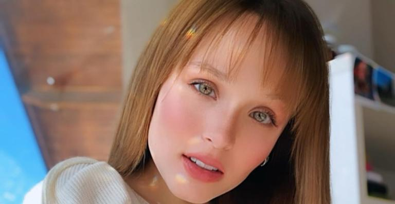 A atriz publicou uma foto em formato de montagem nas redes sociais