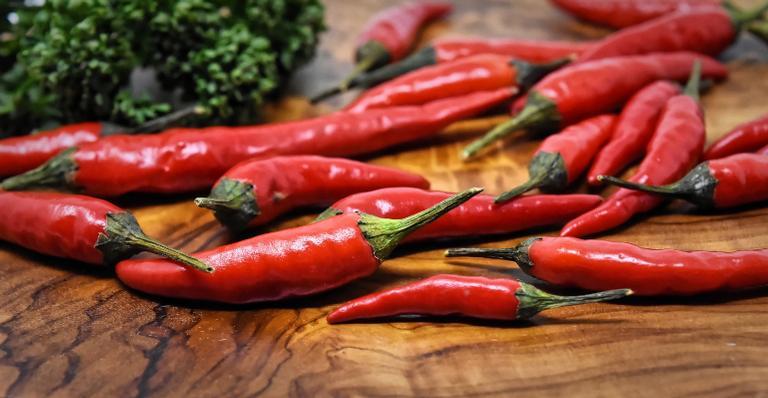 Quem aprecia o sabor ardido no prato tem um motivo a mais para consumir a especiaria