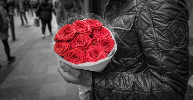 É o amor que escolhe a gente antes de termos a chance de optar. A partir daí, a sorte está lançada: você pode ou não ser correspondido