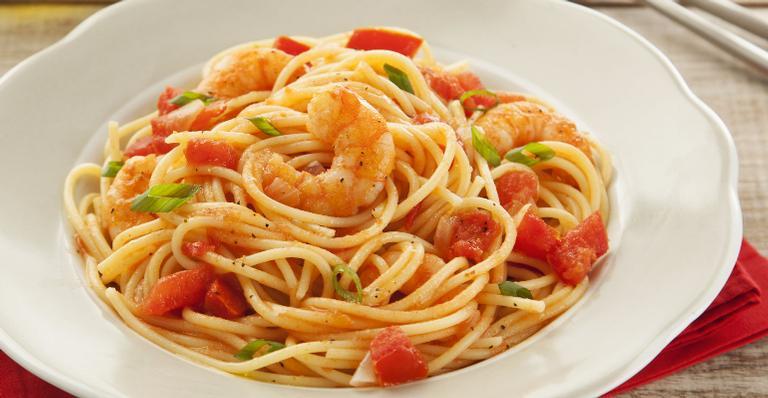 Receita de Espaguete com Camarão Picante