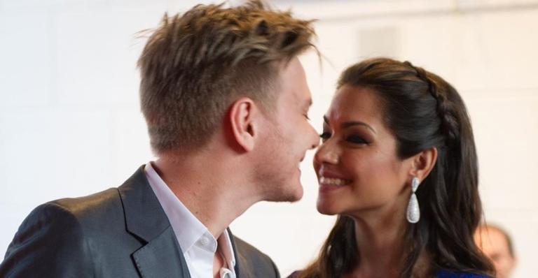 Casados desde 2014, os dois são pais de Melinda e Teodoro