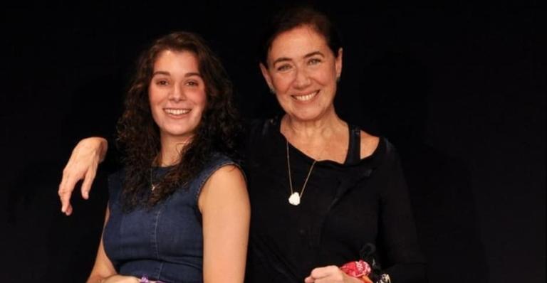 Giulia Bertolli, filha da atriz, ganhou inúmeros elogios na web