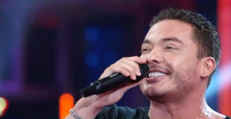 Cantor foi convidado do 'Domingão' para cantar no 'Ding Dong'