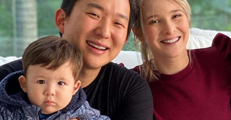 Influenciadores são os pais de Jake Lee, de apenas 10 meses