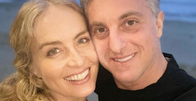 O casal está curtindo o começo do ano na Bahia
