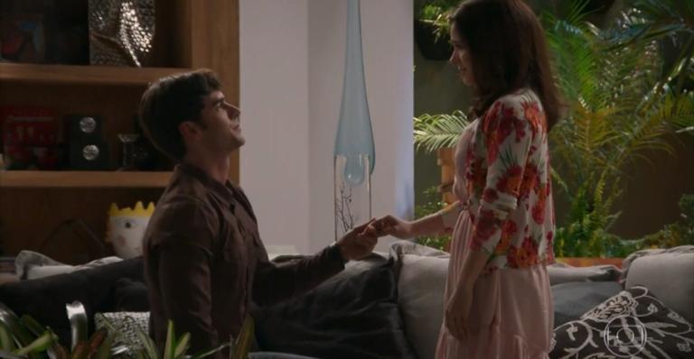 Os dois finalmente assumirão o amor que têm um pelo outro na edição especial da novela