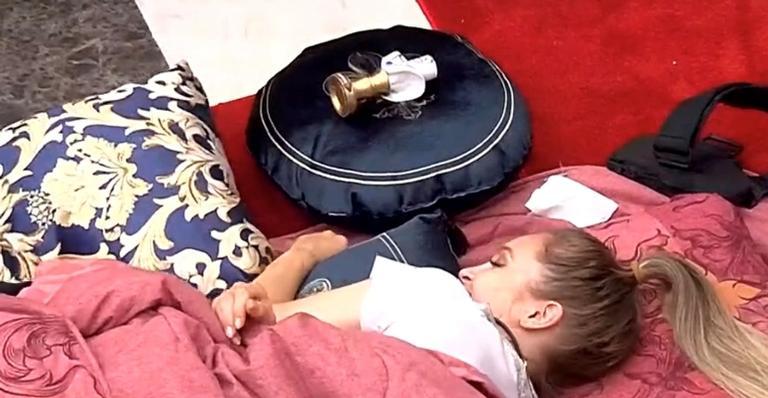 O casal dormiu separado após discussões na Festa do Líder