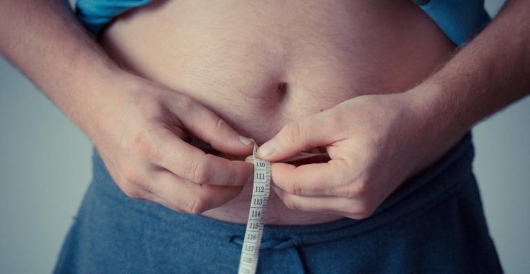 Segundo estudo, 37% das pessoas se sentiram mais ansiosas em relação à comida
