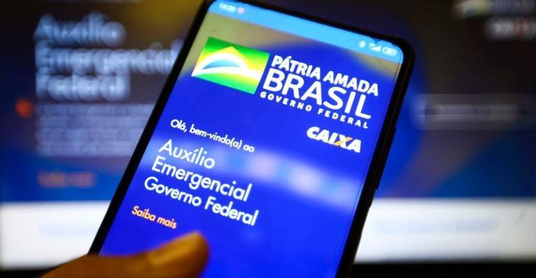 Cerca de 45,6 milhões de brasileiros receberão quatro parcelas