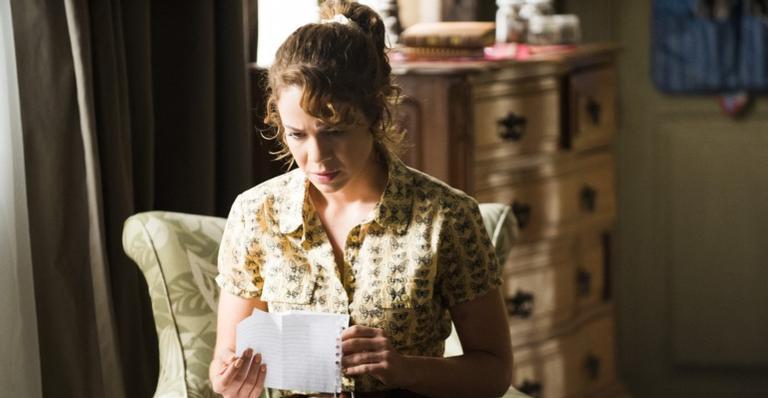 Nos próximos capítulos: Cristina descobre que é filha de José Alfredo; Cora é presa por José Alfredo dentro de armário