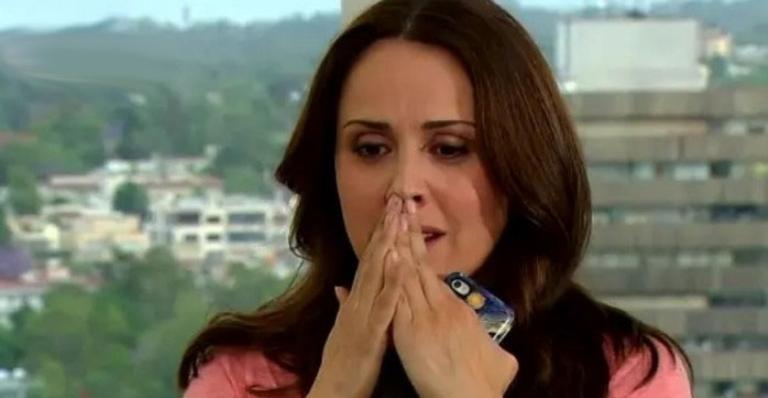 Nos próximos capítulos: Aníbel descobre segredo de Adriana; Vitória desabafa com Nikki; Aníbal sofre infarto