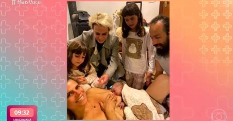 Mariana Maffeis, primogênita da apresentadora, optou por prática que mantém recém-nascido conectado à placenta da mãe