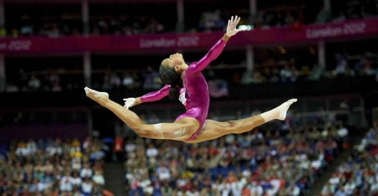 Uma jovem se torna a primeira ginasta afro-americana nos Jogos Olímpicos