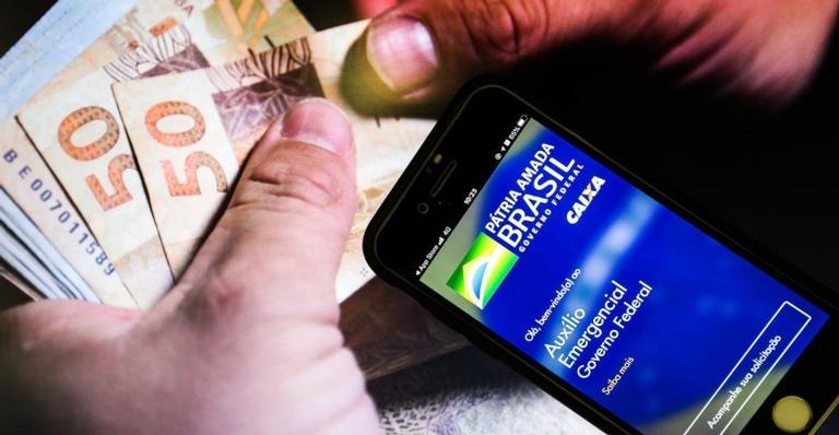 Beneficiários do Bolsa Família com NIS 9 também recebem hoje