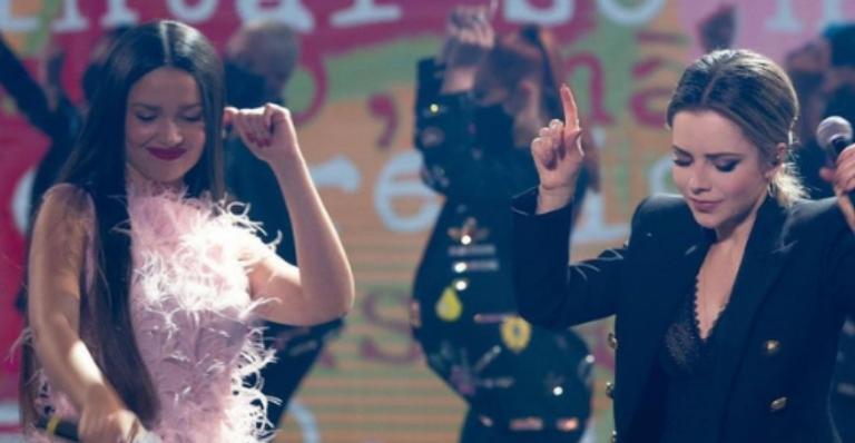 Paraibana participou do 'Domingão' e recebeu uma surpresa no palco