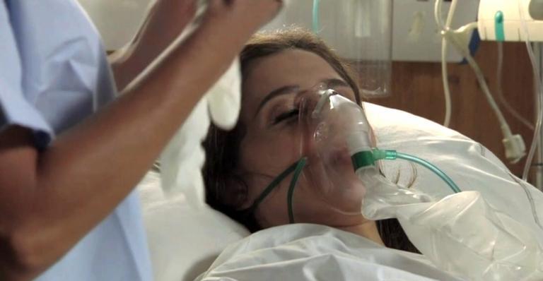 Vilã se jogou na frente do amado em atentado